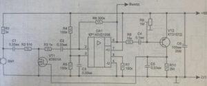 принципиальная схема простого усилителя для микрофона с АРУ